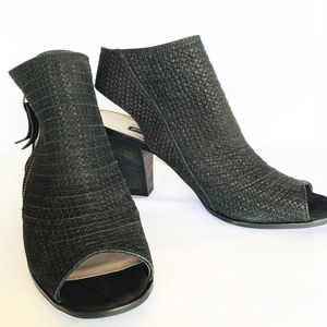 Paul Green Cayanne Bootie, black 9.5 - NWT
